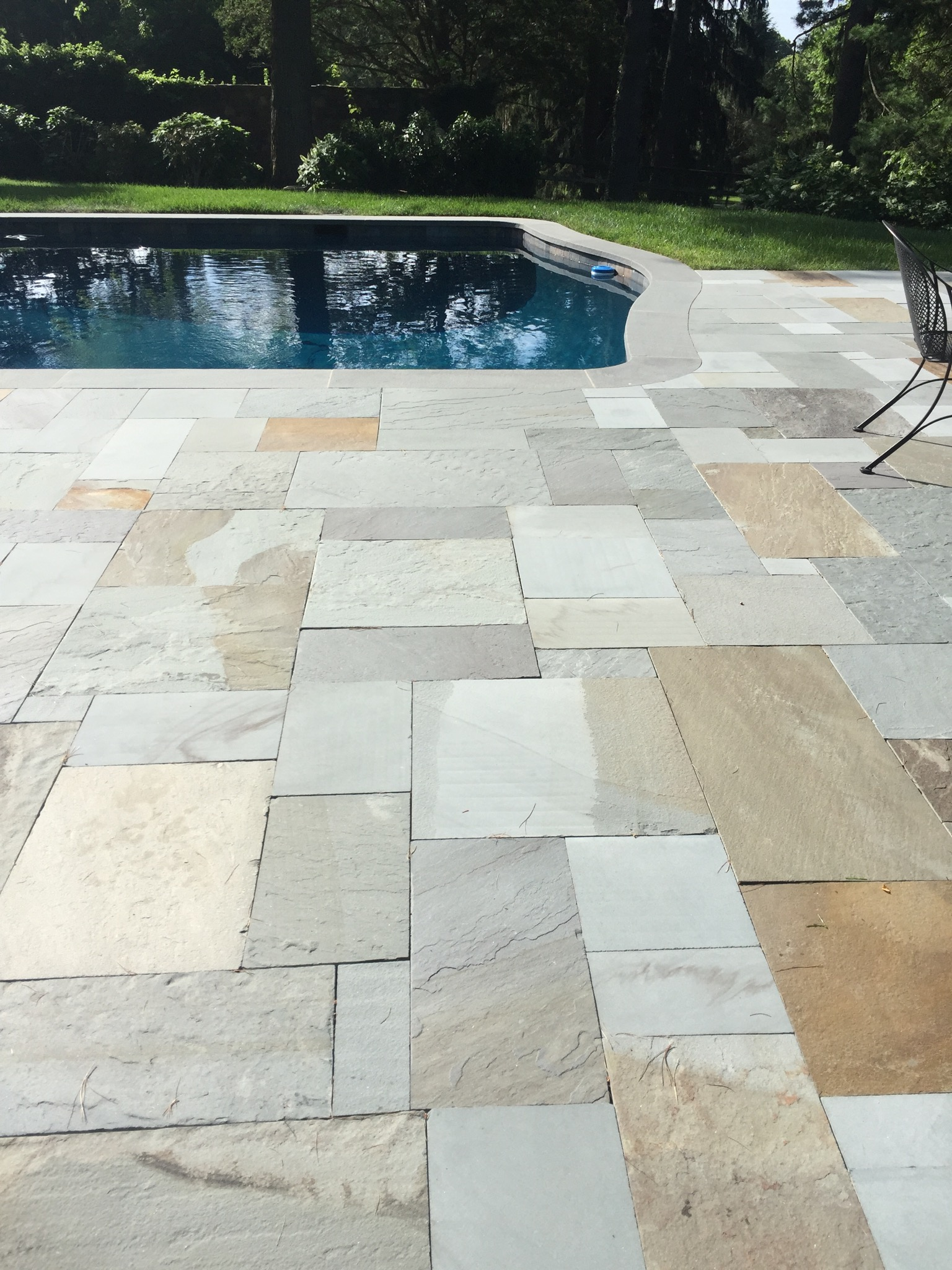 Pennsylvania Blue Stone Patio around pool